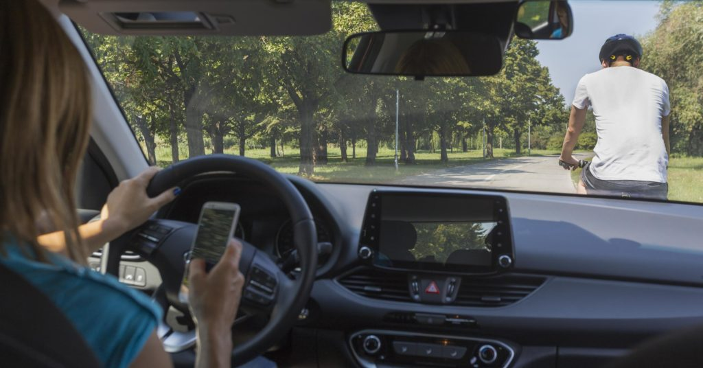6 Tips For Reducing Distracted Driving