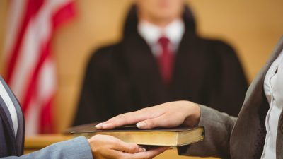 What Are Expert Witnesses and How Do They Affect My Auto Accident Case?